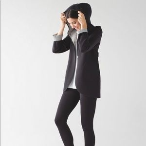 LULULEMON CITY BOUND WRAP REVERSIBLE SMALL